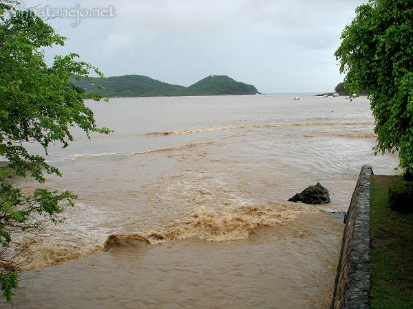 Zihuatanejo canal and bay after Tropical Storm Odile